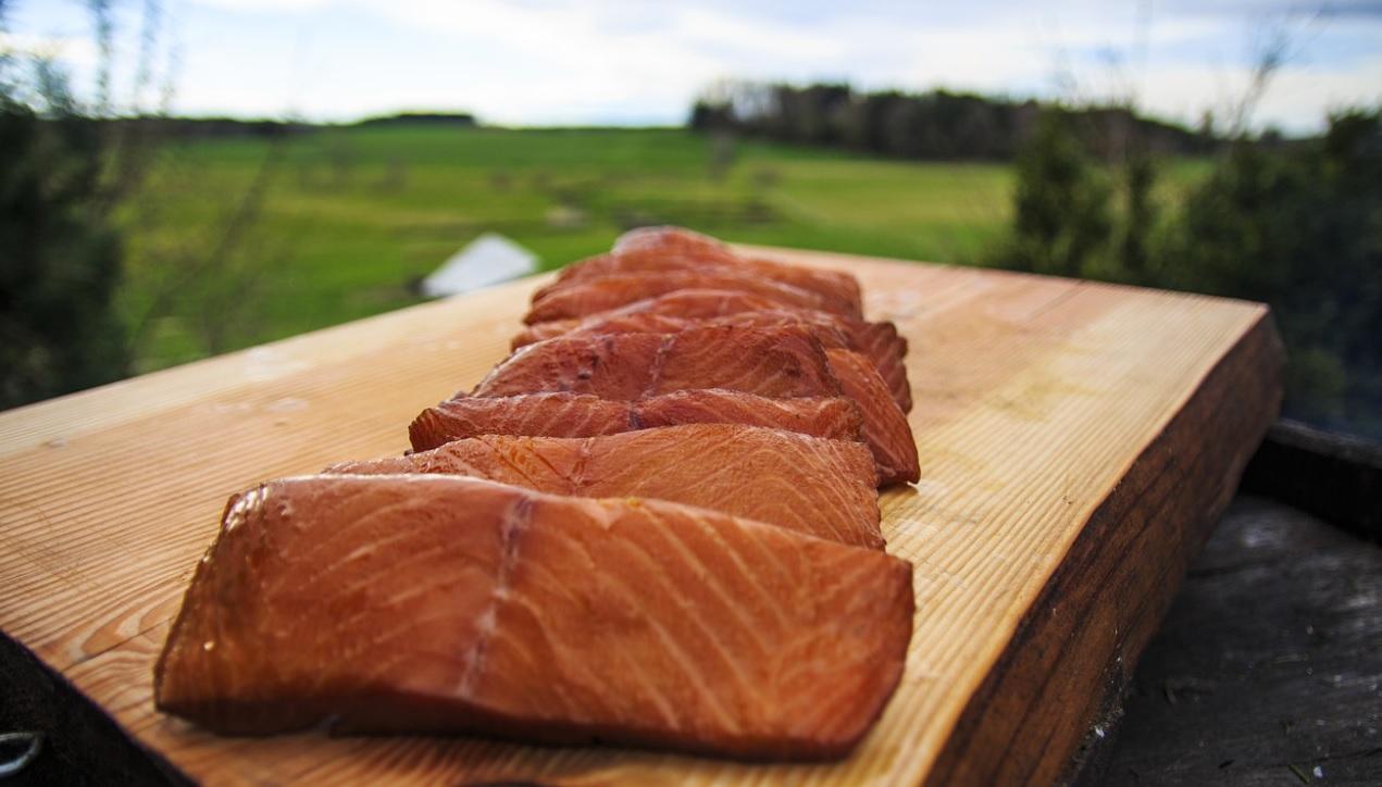smoked salmon steaks